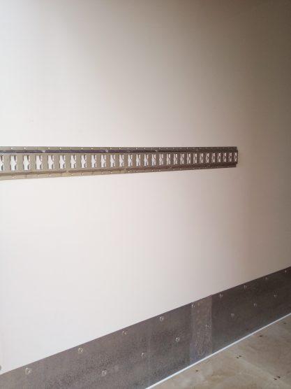 Binario di fissaggio